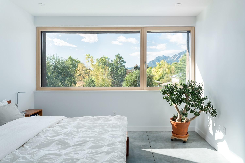 elder-master-bedroom-2-1500
